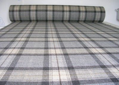 65m roll of wool plaid