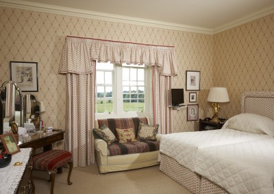 Bedroom - curtains and valance with frill and contrast trim